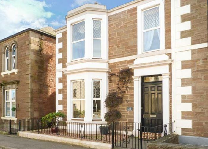 10 Princes Street, Arbroath