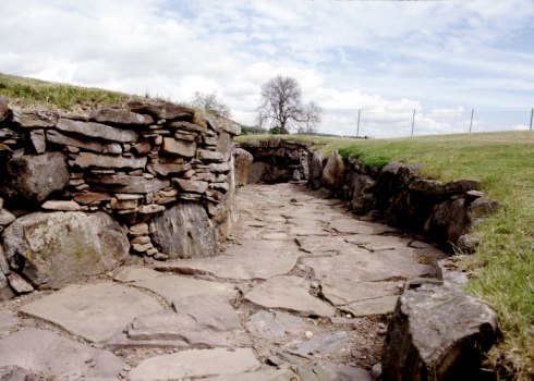 Carlungie earth house