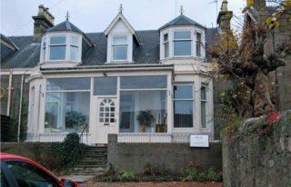 Lochtybank Guest House, Carnoustie