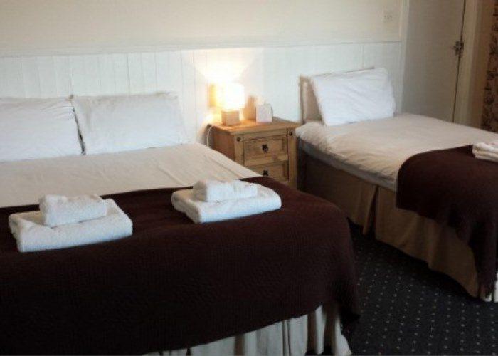 Star Hotel, Montrose