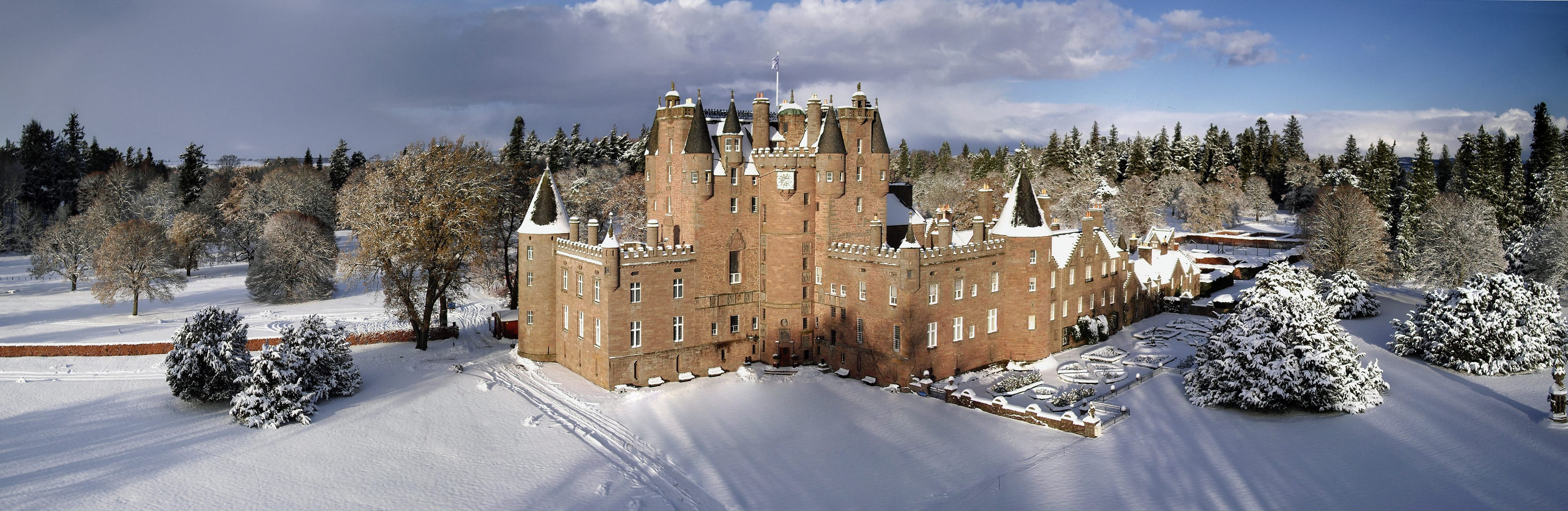 Glamis Castle in snow