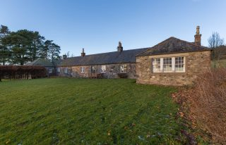 Wellbank Cottage, Kirriemuir