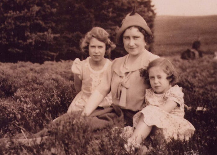 Queen Mother with Young Princesses