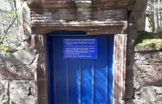 Blue Door Walk, Edzell
